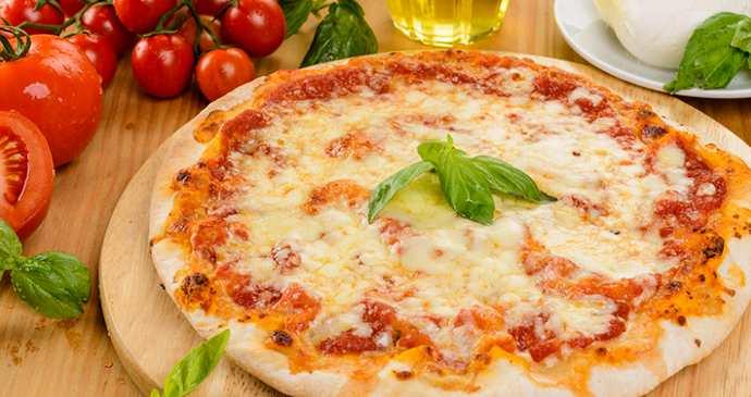 """Рецепт приготовления пиццы """"Маргарита"""""""