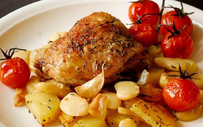 Курица с картофелем и фасолью