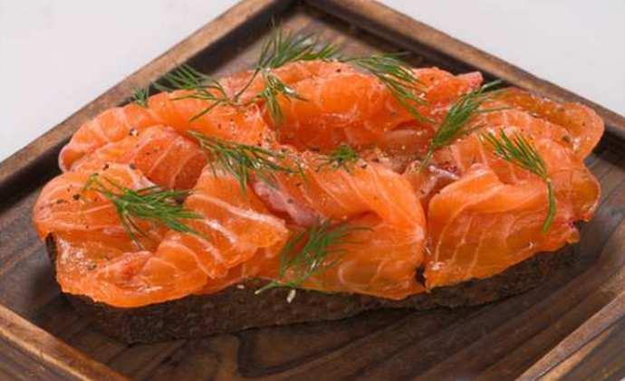 Солим красную рыбу в домашних условиях
