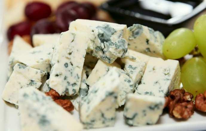 Блюда с голубым сыром