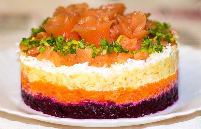 Салат семга на шубке