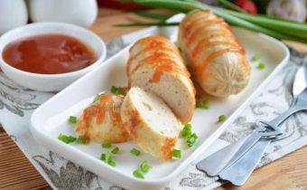 Домашние колбаски из курицы